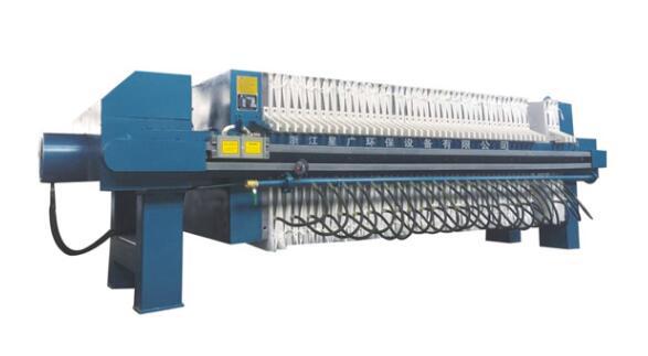 1500-UBK厢式隔膜型压滤机